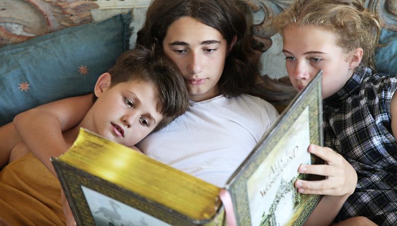 8 Reading photo Adi Bukman