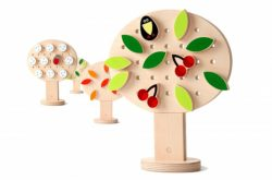 9. 4 seasons Wooden construction kit. Insert leaves, berries, snowflakes, birds and flowers into the tree. From Shusha Toys.