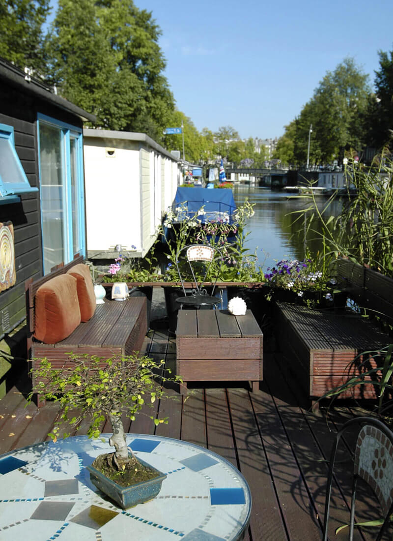 house boat Amsterdam city break with kids