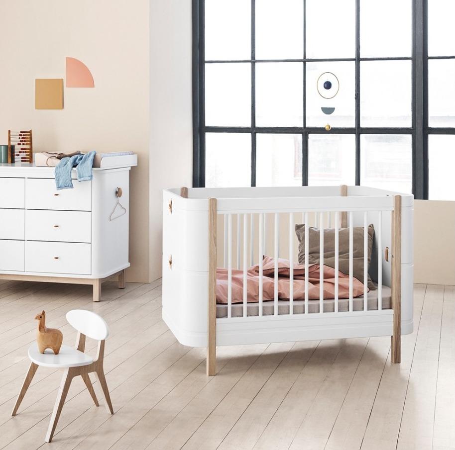 oliver furniture wood-mini-bed