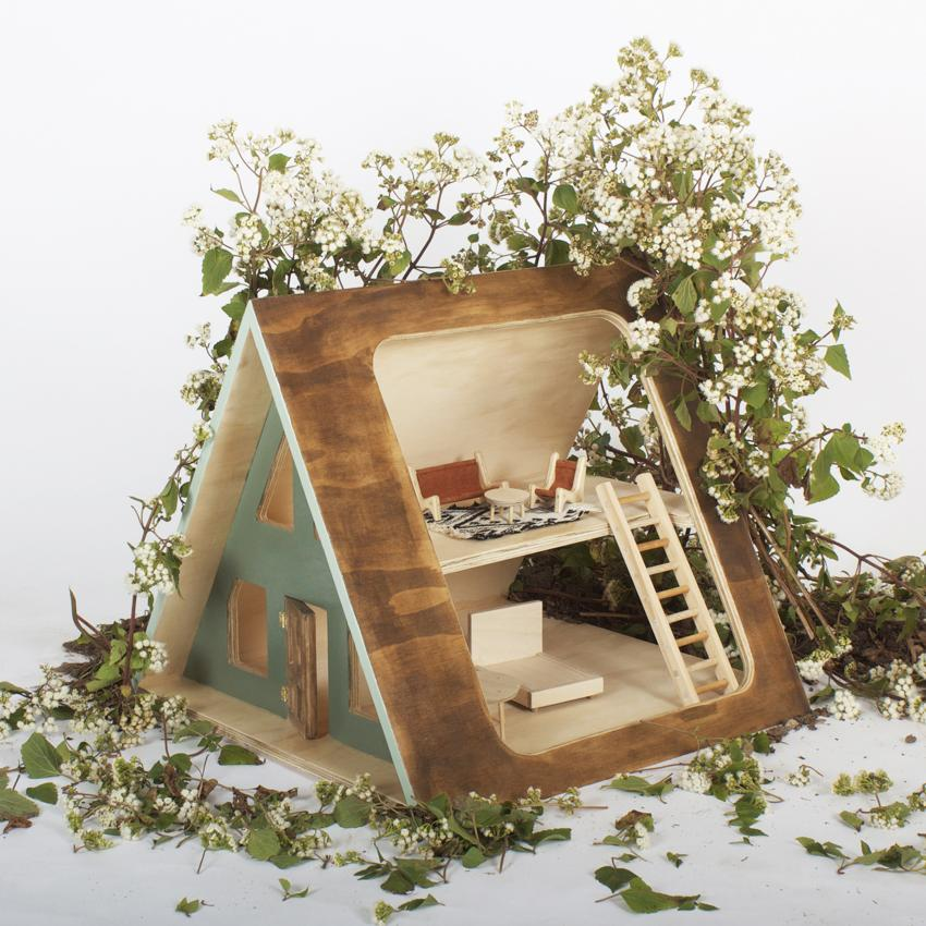 A-Frame dolls house from Such Great Heights s