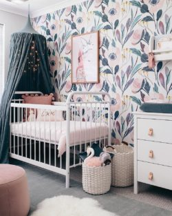 lunamag_10_Great_Sources for_Removable_Wallpaper_Childrens_Rooms_5