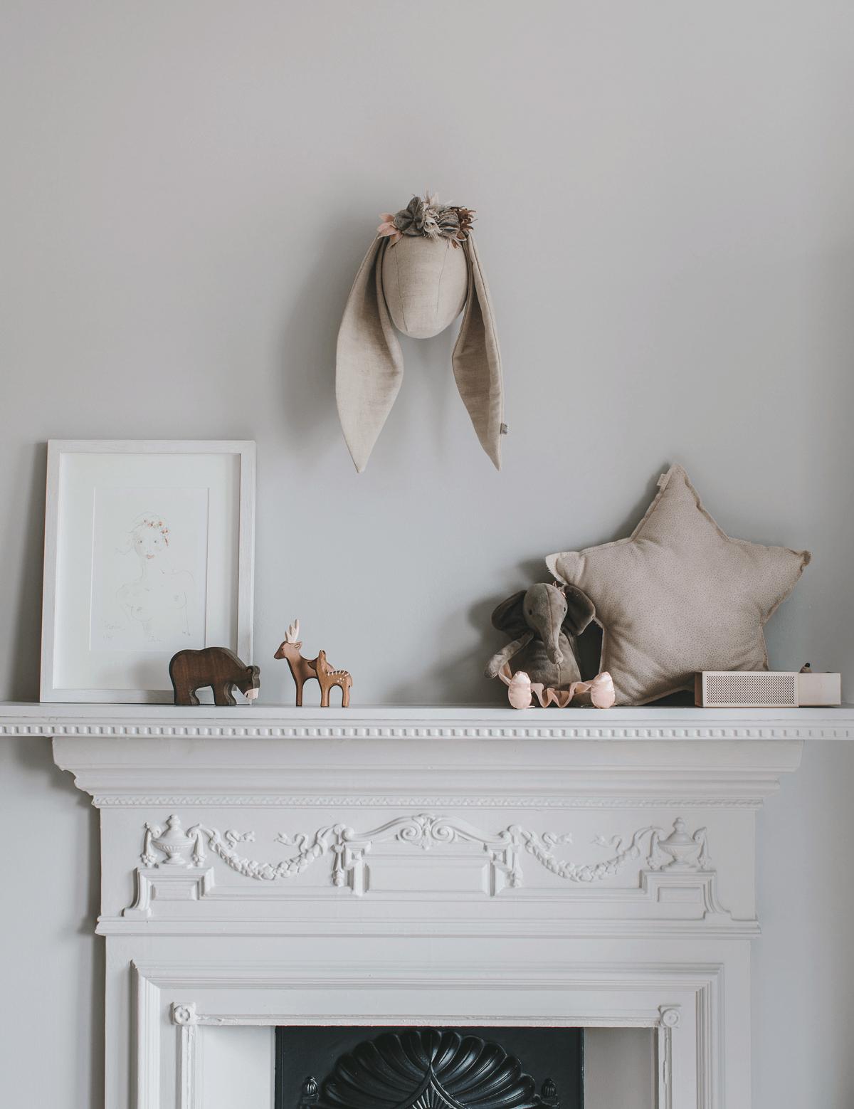 Enchanting nursery in grey and powder tones