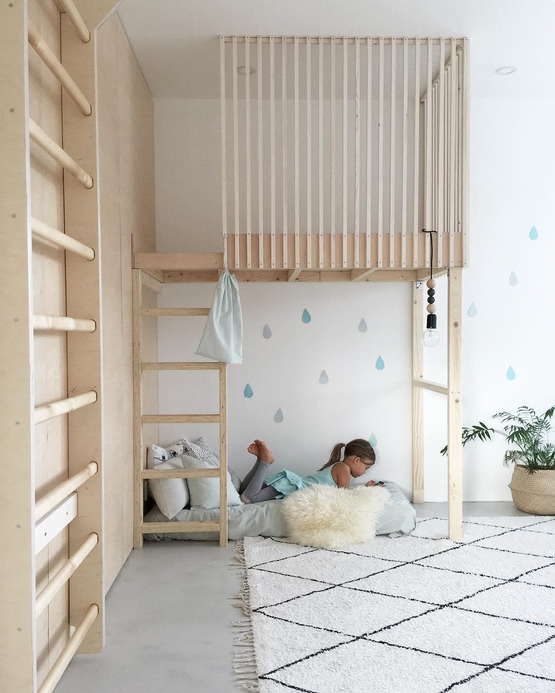 simple kids room