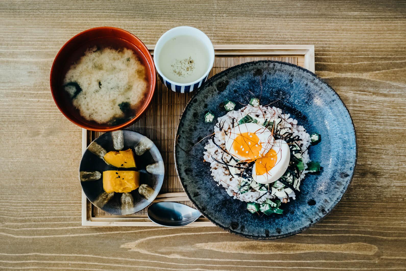 japanese family breakfast